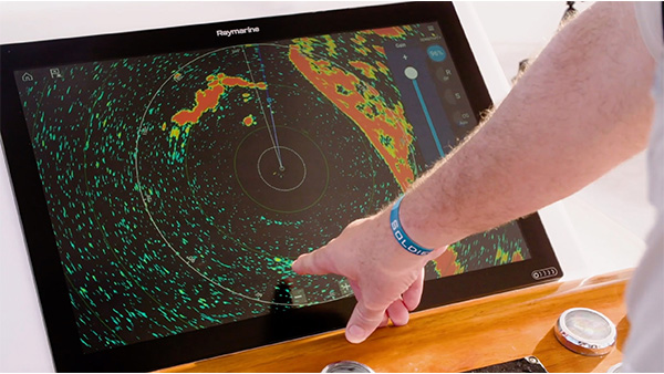 Pro Angler Profile: Tim Dean - Open Array Radar | Raymarine - A Brand by FLIR