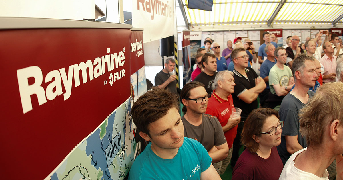 Raymarine: Raymarine to play a bigger role in the 2018 Round the Island Race in association with Cloudy Bay