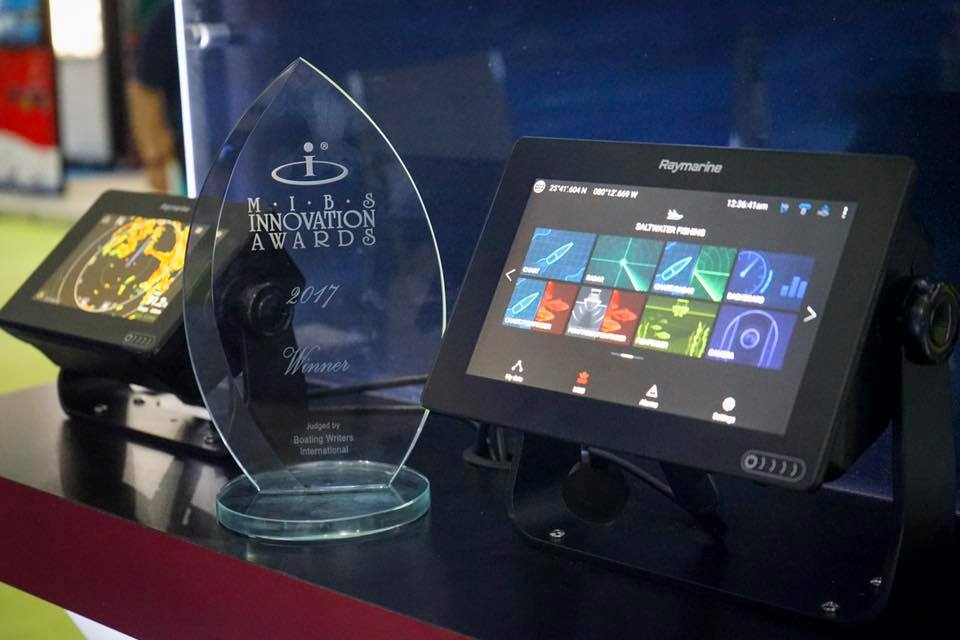 Raymarine Axiom Wins Innovation Award at 2017 Miami International Boat Show