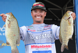 Raymarine Wrap up Raymarine Angler Wins Bassmaster Angler of the Year Tournament