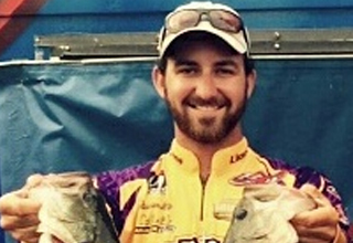 Raymarine Pro Ambassador Dawson Lenz named FishLife Collegiate Tour Angler of the Year